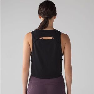 NWOT Lululemon Crop Tank with Cut Out